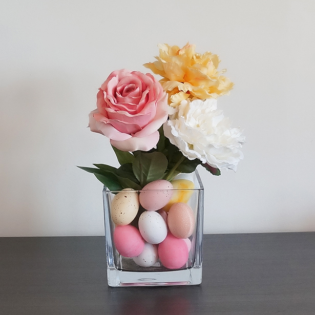 Easter Eggs Into Centerpieces